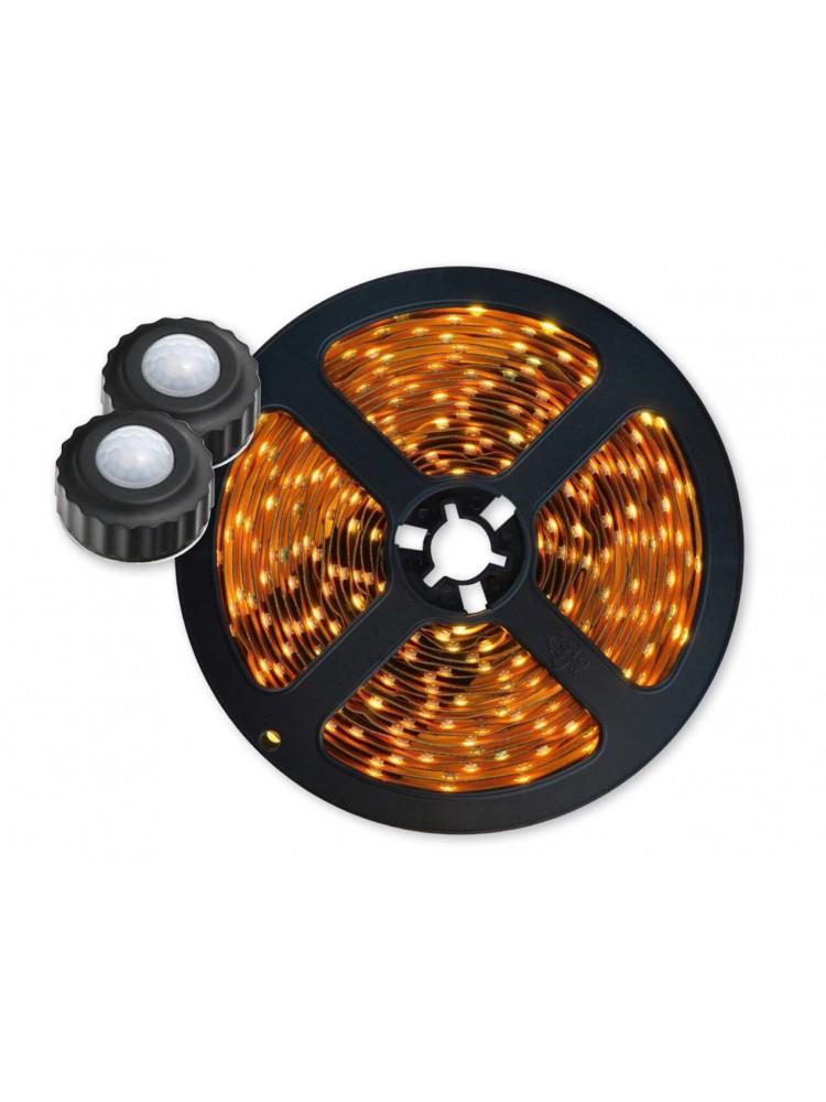 LED 7,2W  2x1,5m su dviem judesio davikliais